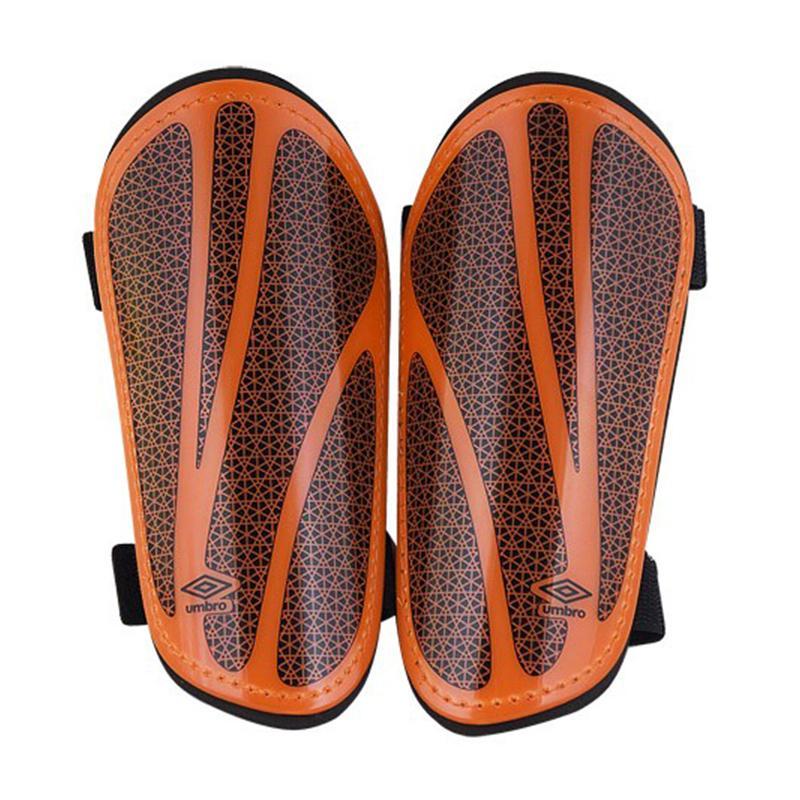 Щитки футбольные Umbro Neo Shield Slip 20504U