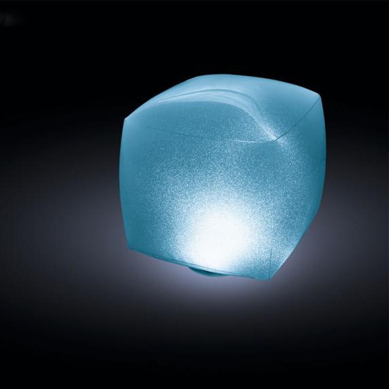 Мяч светящийся INTEX 28694 Ледяной куб 23x23x22 см